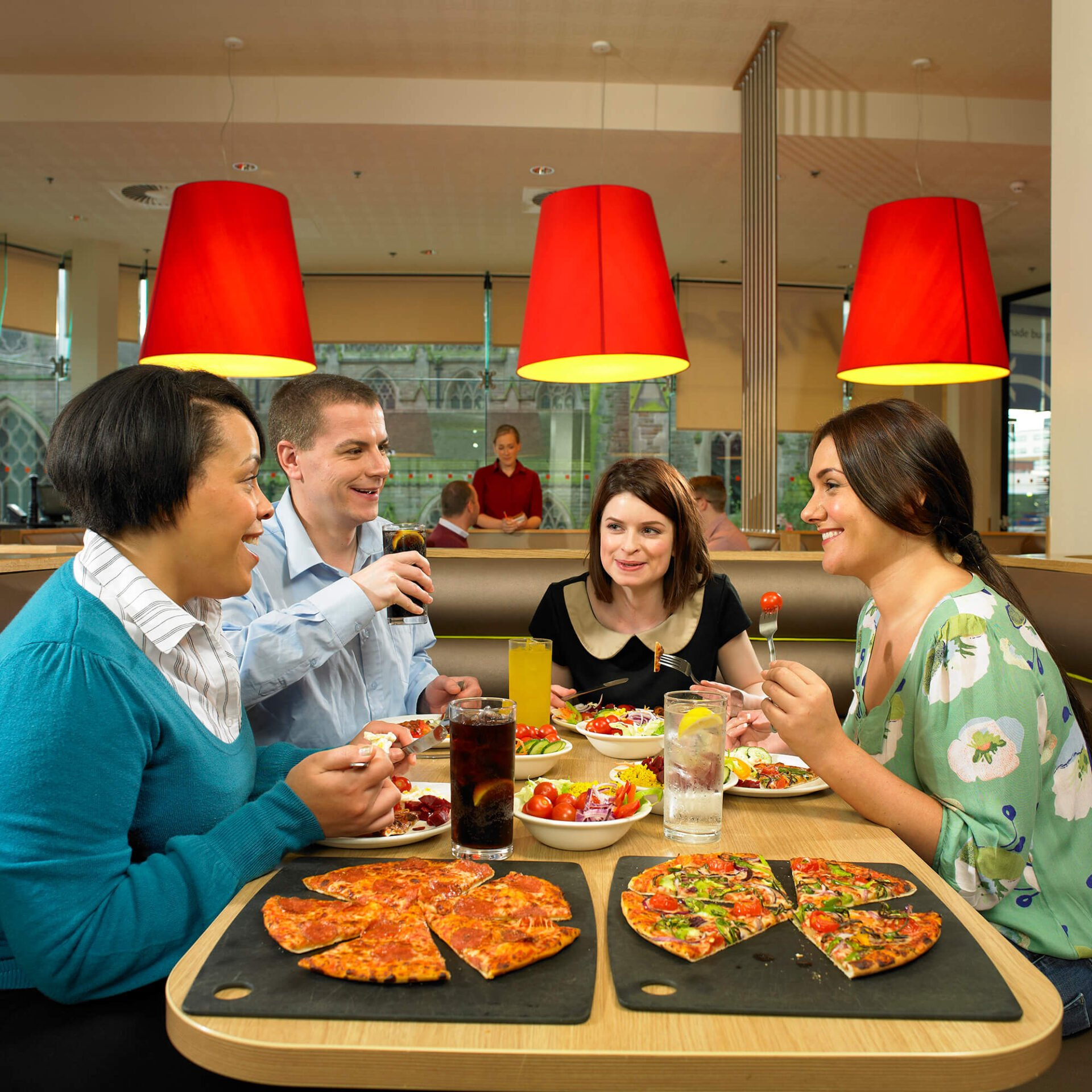 Pizza Hut Lifestyle Photography